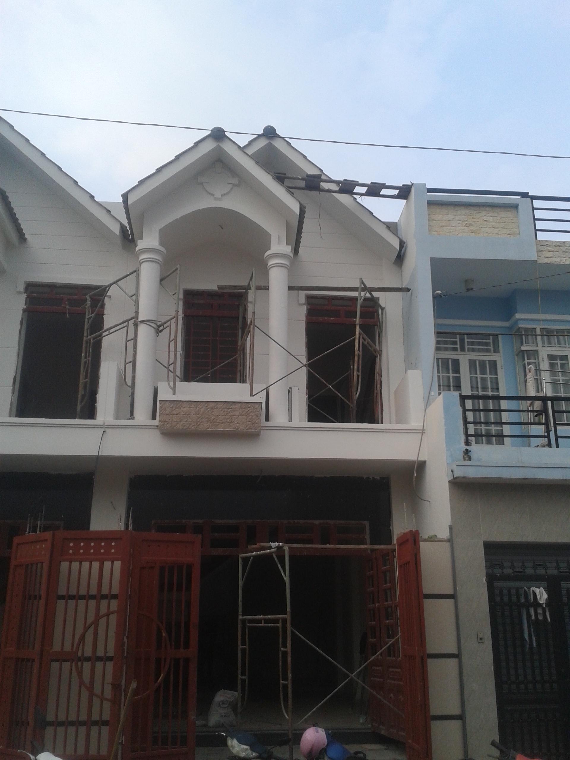 Bán nhà mới 1trệt 1lầu đúc kiên cố, đường 5m ở Thạnh Xuân, DT 4,5x14m.Giá 1tỷ 380triệu