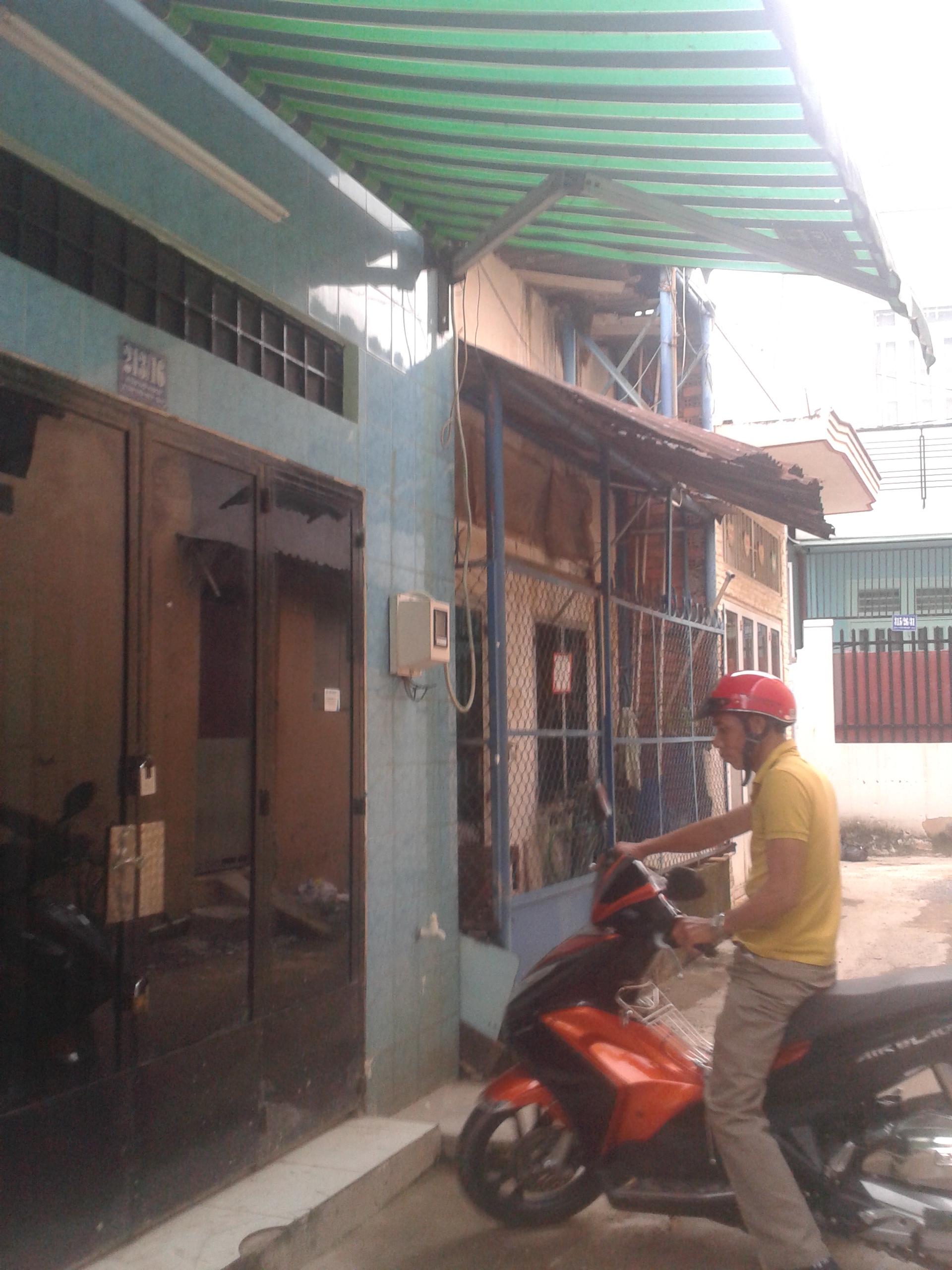 Bán nhà sau Metro Quận12, Sổ Hồng Riêng, 2 phòng ngủ, Giá 640 triệu